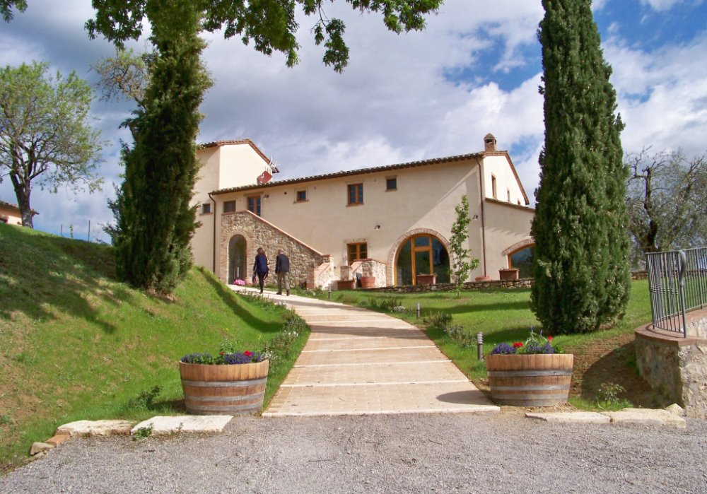 UN WINE RESORT NELLA CAMPAGNA TOSCANA Scopri Le Buche Wine Resort