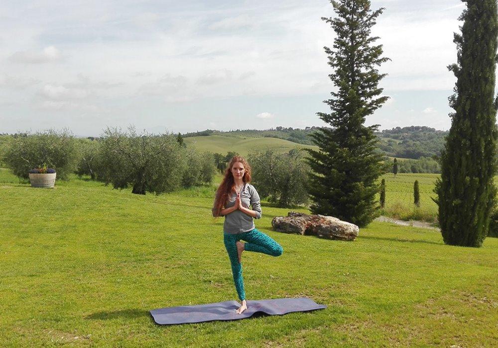 CORSO DI YOGA A LE BUCHE WINE RESORT&SPA Dal mese di Giugno yoga all'aperto