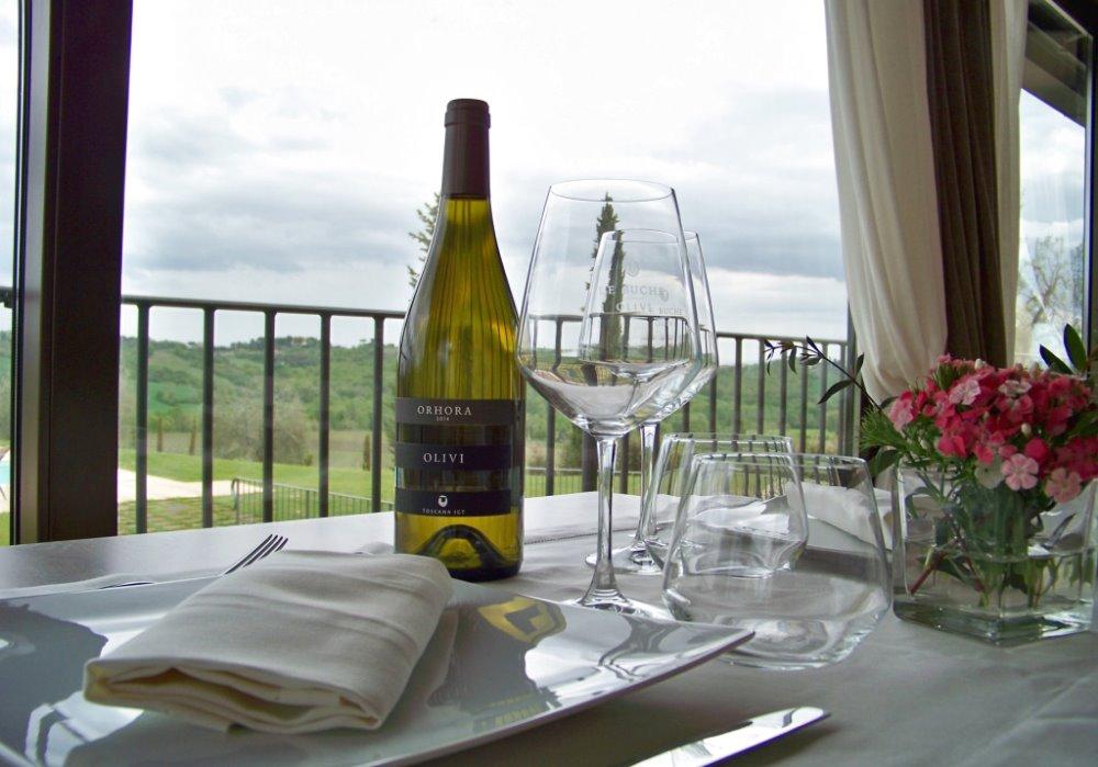 CENA DEGUSTAZIONE A LE BUCHE WINE RESORT Pesce di lago in abbinamento ai vini della Cantina Le Buche