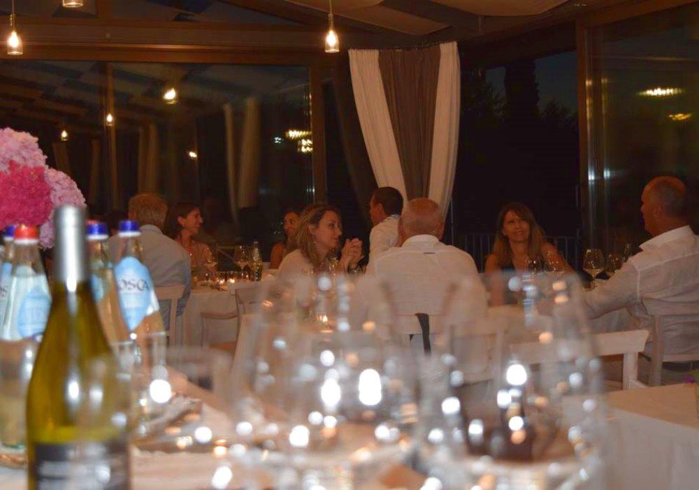 CENA DEGUSTAZIONE A LE BUCHE WINE RESORT Una bellissima serata lo scorso 20 luglio