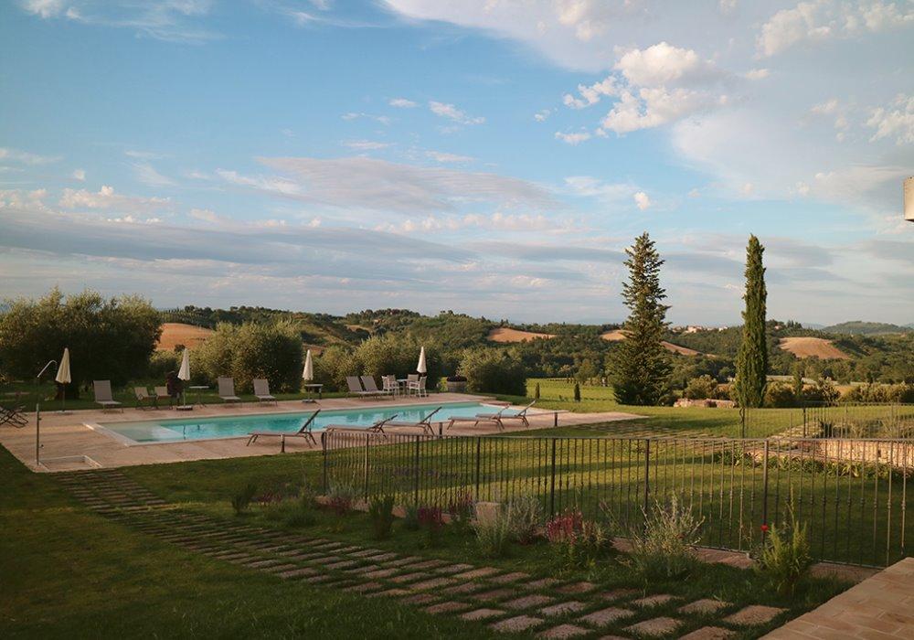 OFFERTE IN WINE RESORT Una vacanza in Toscana
